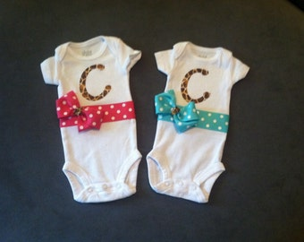 Customized monogrammed baby girl outfits for twins! Twin Girls / Hospital Outfit / Baby Girl Outfit / Coming Home Outfit / Baby Shower Gift