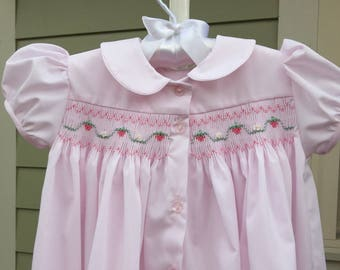 Tiny Strawberry Vines/Hand-Smocked Front-Buttoned Dress