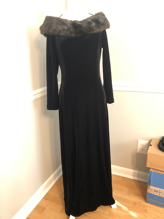 Glamorous 90's Stretch Velvet Off the Shoulder Gow