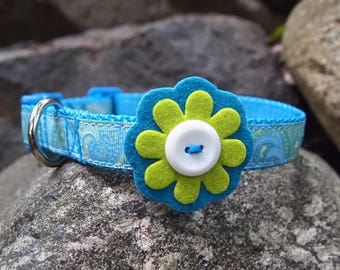 Pretty Paisley Blue & Green Dog Collar with Felt Flower