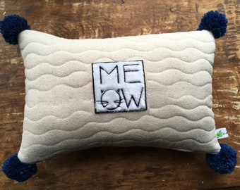 Cat Lover's Decorative Pillow with eco-friendly pillow insert