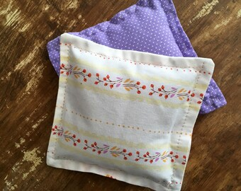 Vine & Swiss Dot Hand Warmers with Vanilla Scented Flax Seed