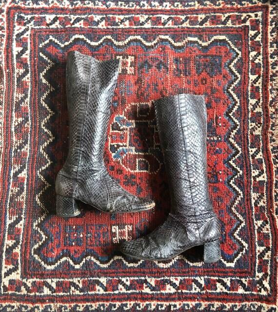 Vintage 60s Deep Purple Snakeskin Go Go Boots