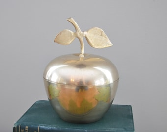 "Charming Vintage solid brass apple ""box"" with lid.  A lovely spot to tuck away special items.  Handmade in India."