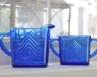 Vintage cobalt blue arrow glass cream and sugar set - you'll want to leave them in your window - so pretty!