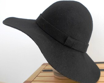 6f553900cb9 Vintage Ladies hat