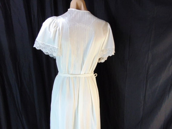 Vintage Henson Kickernick Cream Set Gown Robe S L… - image 10