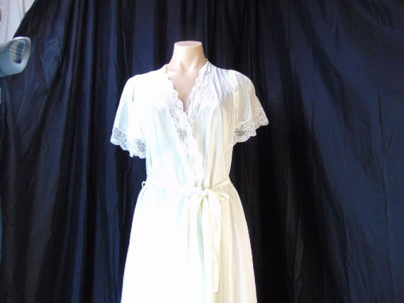 Vintage Henson Kickernick Cream Set Gown Robe S L… - image 4