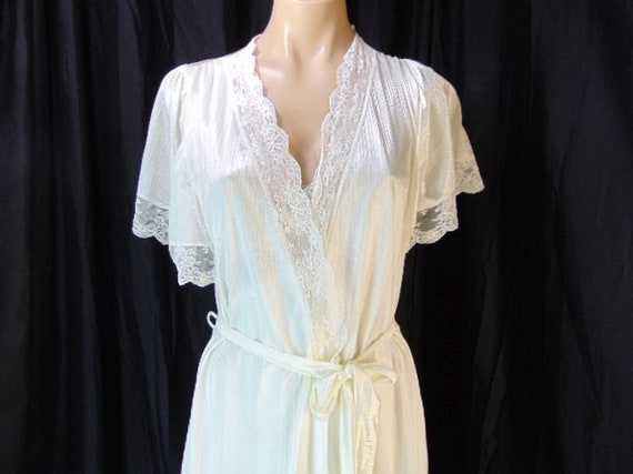 Vintage Henson Kickernick Cream Set Gown Robe S L… - image 7