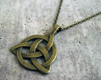 Celtic Knot Necklace - Men s Bronze Necklace - Mens Necklace - Mens Jewelry  - Necklace For Men - Celtic Triquetra Knot Necklace a7494f615b