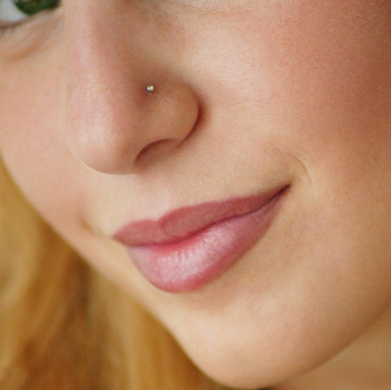 Nose Jewelry Gold Nose Stud Nose Earring Nostril Stud Nose Piercing Tiny Nose Stud Gold Crystal Nose Stud
