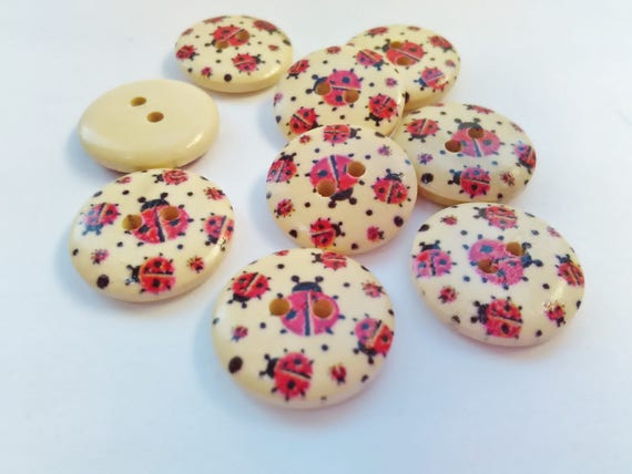 BEST QUALITY 6 LADY BIRD 18mm BLACK AND RED SHANK BUTTONS SEWING CRAFTS