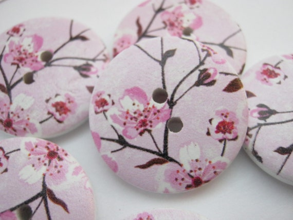 """10 Cerise Pink Flowers Sewing Shank Buttons 17mm  3//4/"""" Knitting Clothing Crafts"""