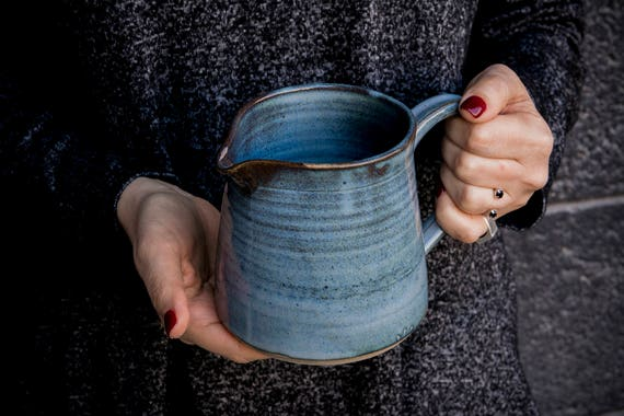 Blaue keramikvase handgefertigte keramik vase blumentopf for Blaue blumentopfe