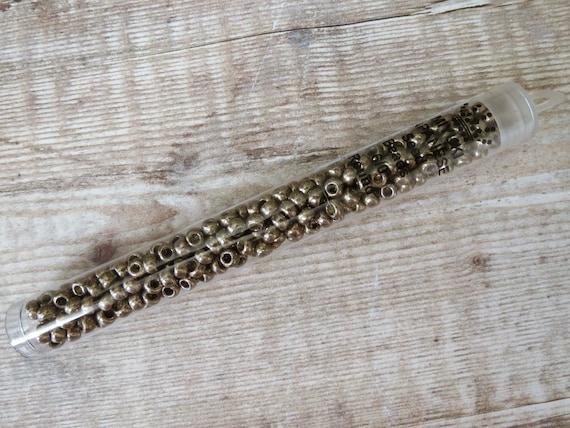Miyuki Seed Beads 22g tube 8//0 Sparkle Pewter Lined Crystal