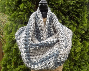 Extra Wide Chunky Ombre Eternity Scarf- steel grey, light grey, ivory