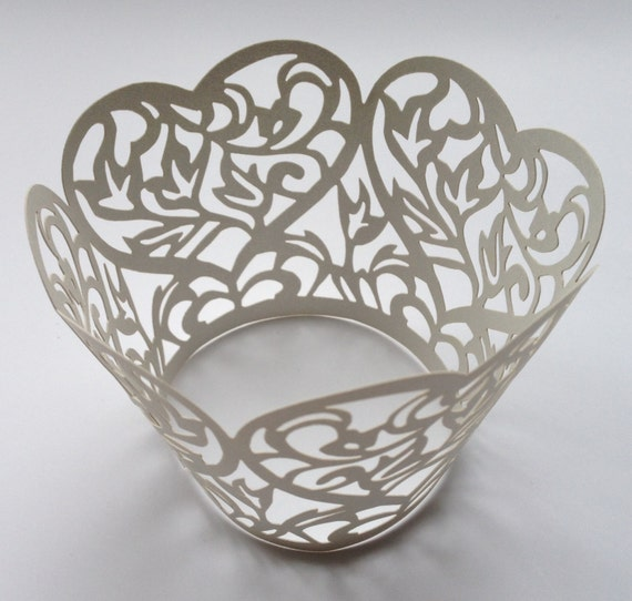 12 pcs Beautiful Silver Grey Heart Lace Wedding Filigree Cupcake Liners Liner Baking Cup Cupcake Wrapper Wrappers Gray