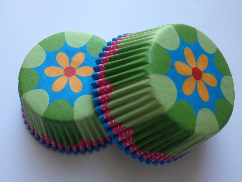 Flower Green Liners 50 count pastel tea party wedding colorful pink green blue daisy cupcake liners baking cups liner