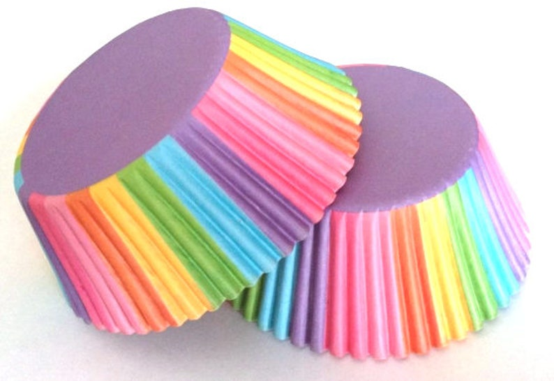 Multi Colored Cupcake Liners 50 count Rainbow Circus Liner Green Yellow Blue Yellow Red purple party children kids