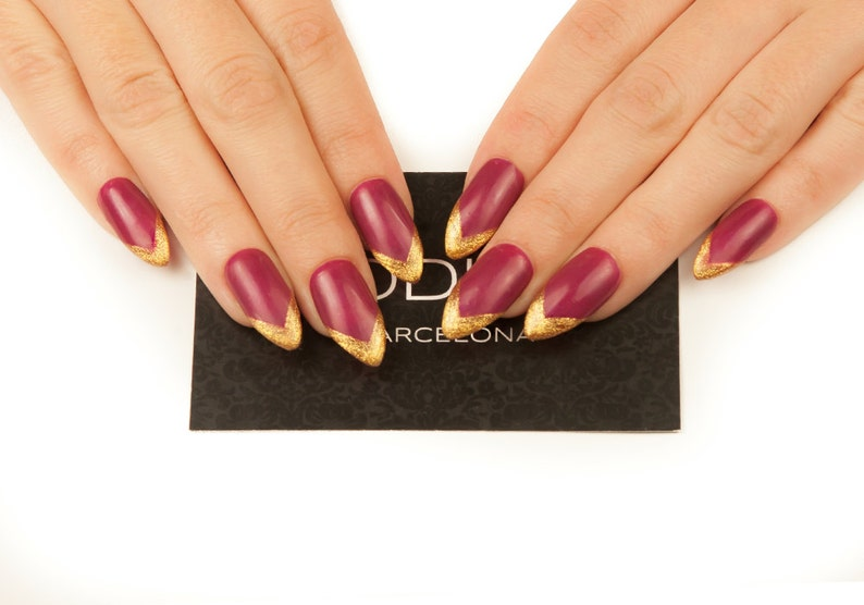 Deep Red with Gold Tips Nails made with UV Gel, Fake Nails, Press On Nails,  False Nails, Autumn Nails, Stiletto Nails, Almond Nails, Nails