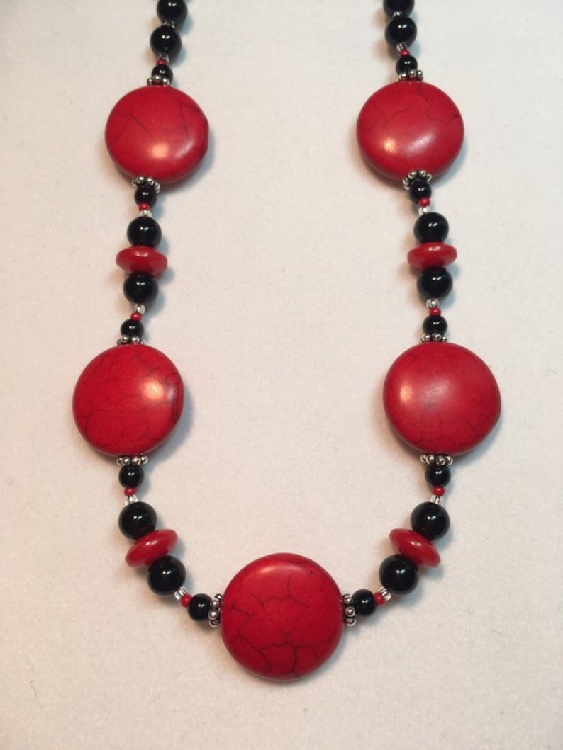 Handmade Red Howlite and Black Jasper Stones Czech Glass Beads Silver Daisies Solid Sterling Silver Lobster /& Closure Beaded Necklace