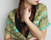 Wool granny crochet vintage Triangle wrap shawl Neck warmers
