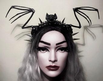 Babybat crown - Gothic headpiece - Bat headdress - Halloween headdress - Gothic headband- Headband with spikes - Bat headband