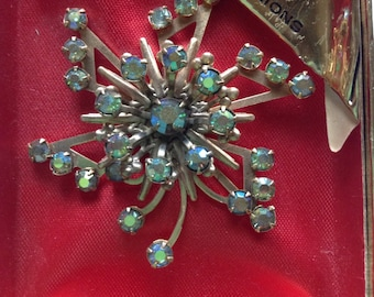 Vintage atomic brooch with imported aurora borealis Jewels by Deri NOS