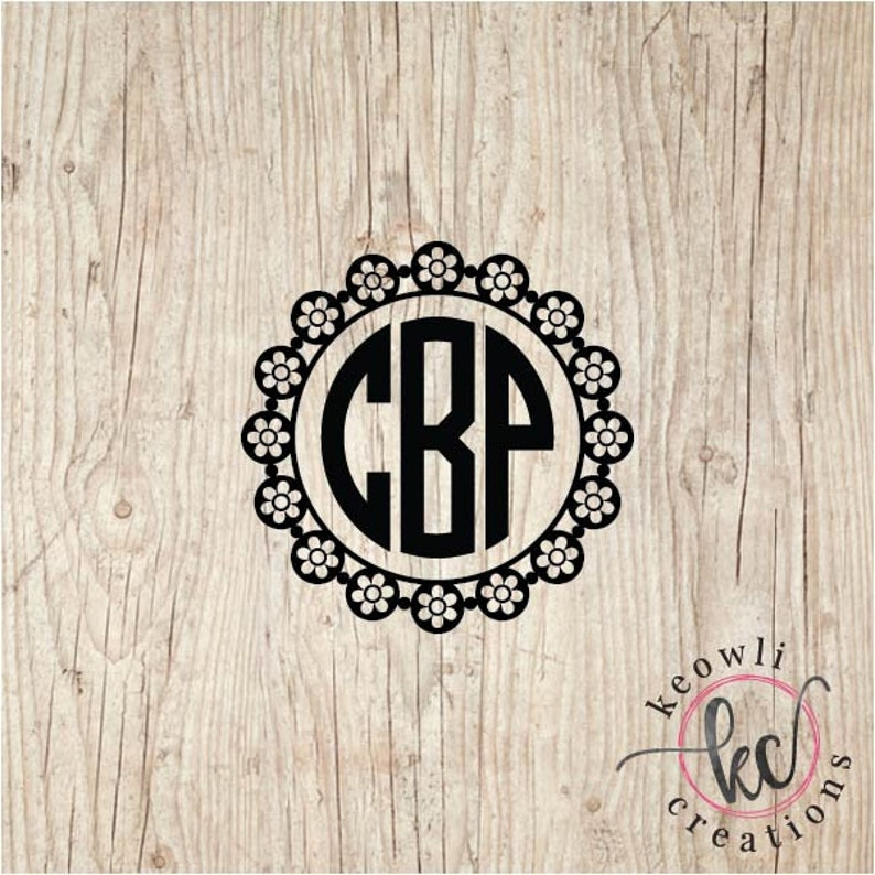 Lace Circle Monogram Vinyl Decal-Style 16
