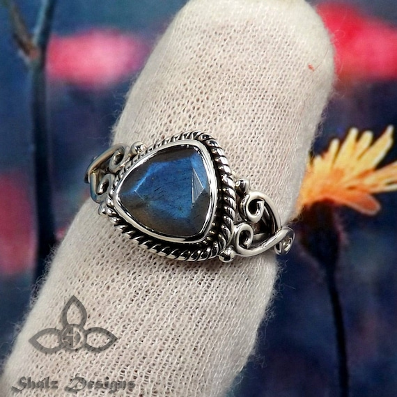 Gift Idea for Her Birthday Gift 925 Sterling Silver Black Friday Sale Labradorite Stone Blue Fire Labradorite Ring Labradorite Ring