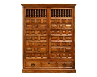 18th Century Spanish Baroque Walnut Armario Armoire