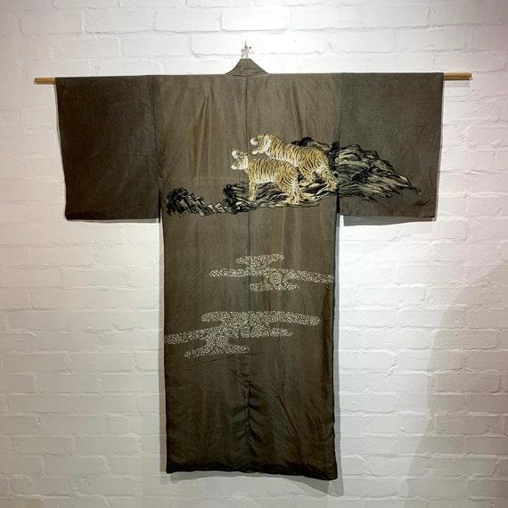 Circa 1920s Men's Juban Kimono: Khaki, Twin Tigers Roaring on the Cliff
