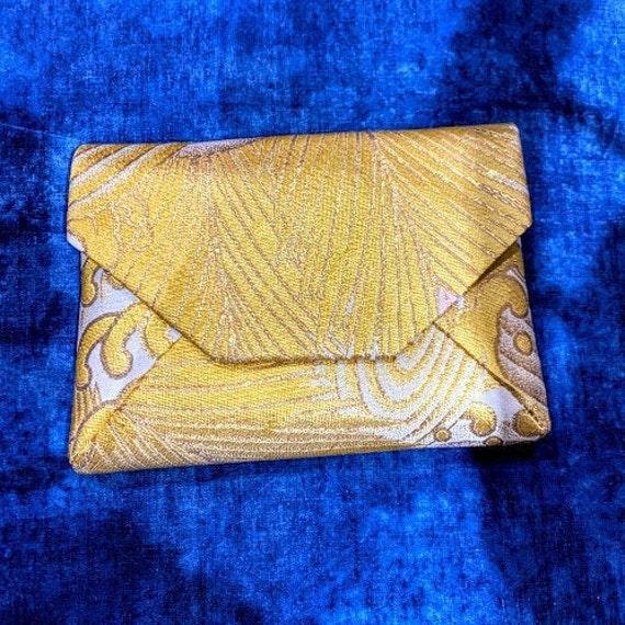 SUKI Silk OBI upcycled Sukiya-bukuro Clutch (Gold x White x Pale Pink, Seawave motif)