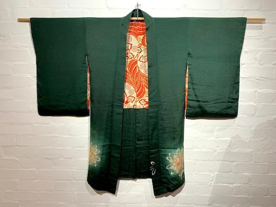 Circa 1920-30s Vintage Silk Long Haori Jacket: Green with Botanical Pattern