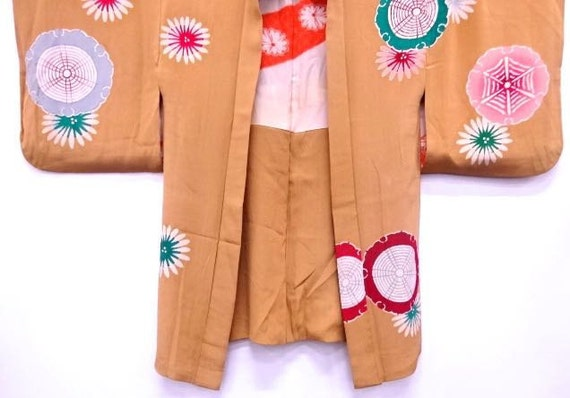 Circa 1920's 1930's Japanese pre-war art deco period silk haori jacket, one family crest at back