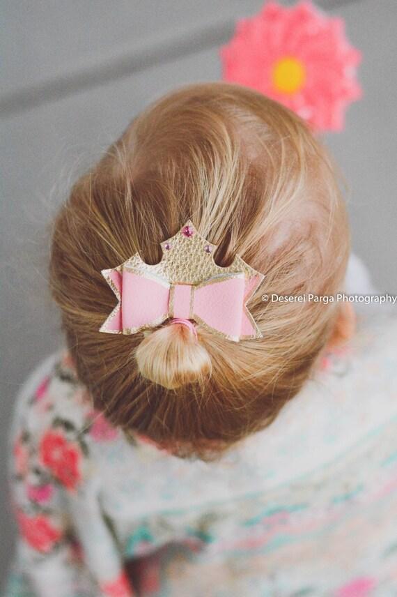 disney hair bows, girl princess hair clip- princess aurora- baby pink bow clip, leather bows, disney princess- pink hair clip