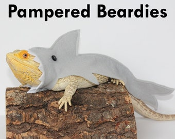 Super Hero Capes for Bearded dragons Reptiles and Small | Etsy