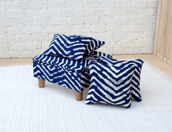 Incredible 1 6 Scale Doll House Ottoman With 4 Matching Pillows In Blue White Pattern Andrewgaddart Wooden Chair Designs For Living Room Andrewgaddartcom