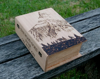 The Lord of the Rings inspired Fellowship pyrography art box
