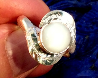 Size 10 Sterling Silver Ring. Sapphire, Old Red Coral, or White Moonstone.  free US ship.
