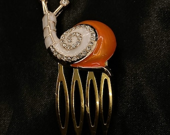Orange Snail, White Snail, Snail Hair Comb, Snail Jewelry, Garden Snail, Gastropod, Mollusk, Insect Hair Comb, Bug Hair Comb