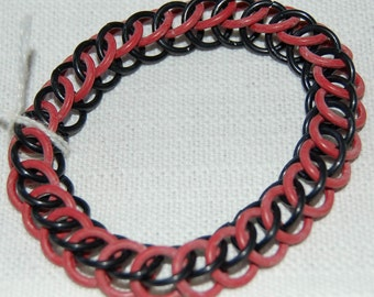 Stretchy red and black chainmaille bracelet