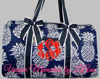 Pineapple duffle bag quilted w/detachable bows, zippered closure with FREE Monogram or Name - Travel bag, weekend bag, quilted overnight bag