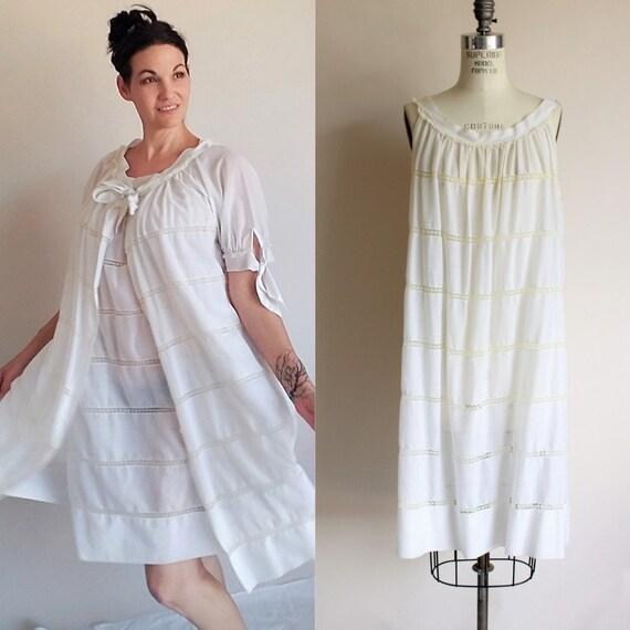 Vintage 1960s White Peignoir Robe And Nightgown Se