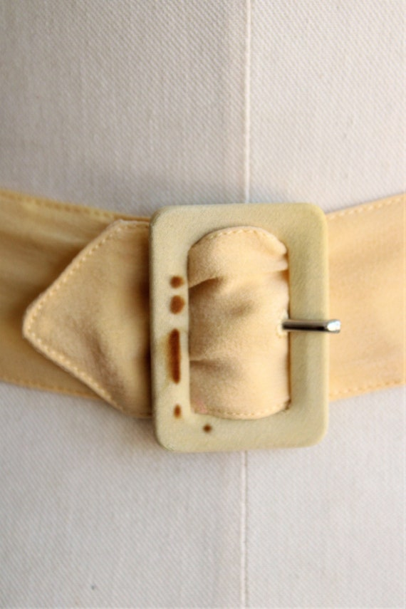 Vintage 1940s Belt / Silk With Fabric Covered Buc… - image 3