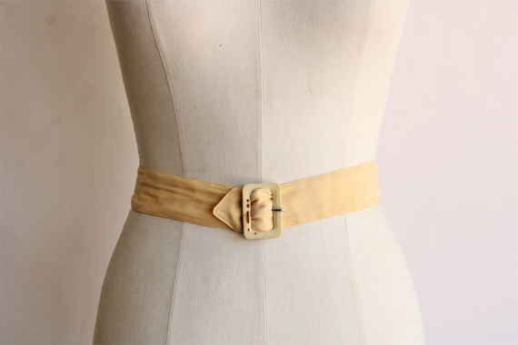 Vintage 1940s Belt / Silk With Fabric Covered Buc… - image 1
