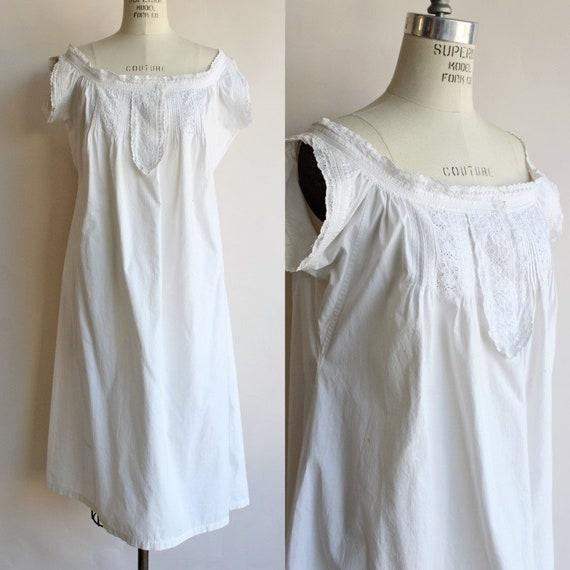 Vintage Victorian Chemise / Antique White Cotton N