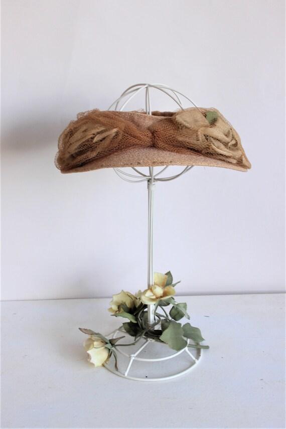 Vintage 1930s Hat / Blush Wide Brimmed Hat with N… - image 3