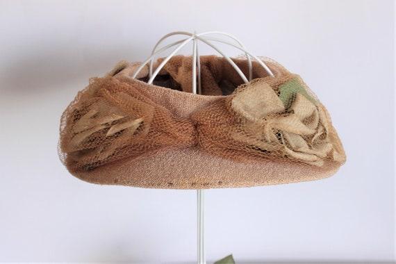 Vintage 1930s Hat / Blush Wide Brimmed Hat with N… - image 1