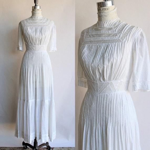 Vintage Antique Edwardian White Dress / 1900s 1910